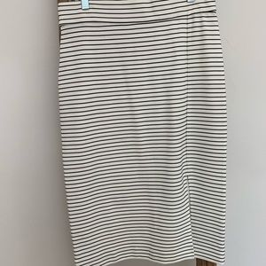 Knitted Striped Knee Length Skirt